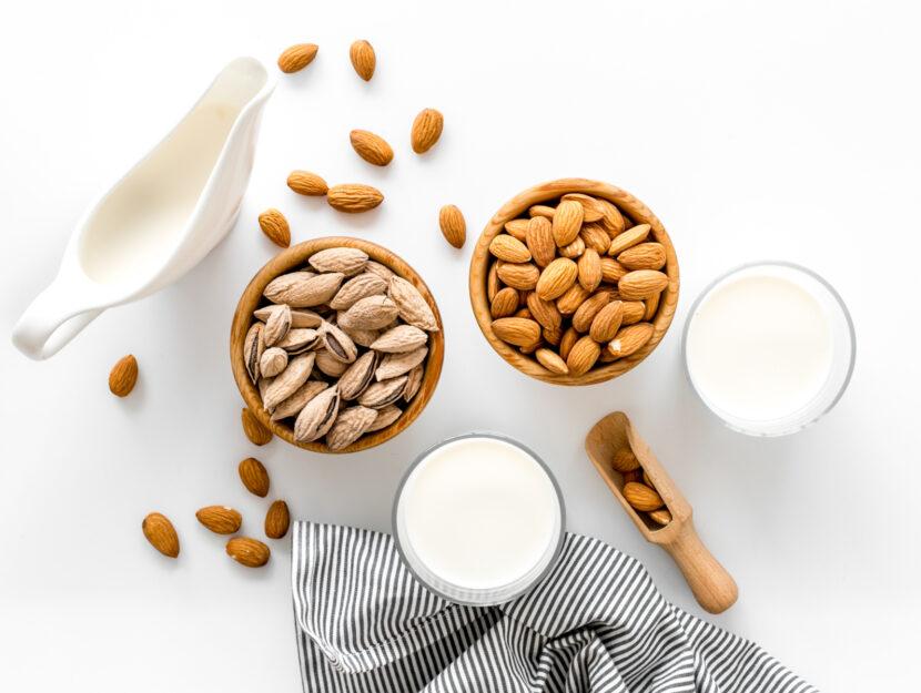 ricetta latte di mandorla fatto in casa