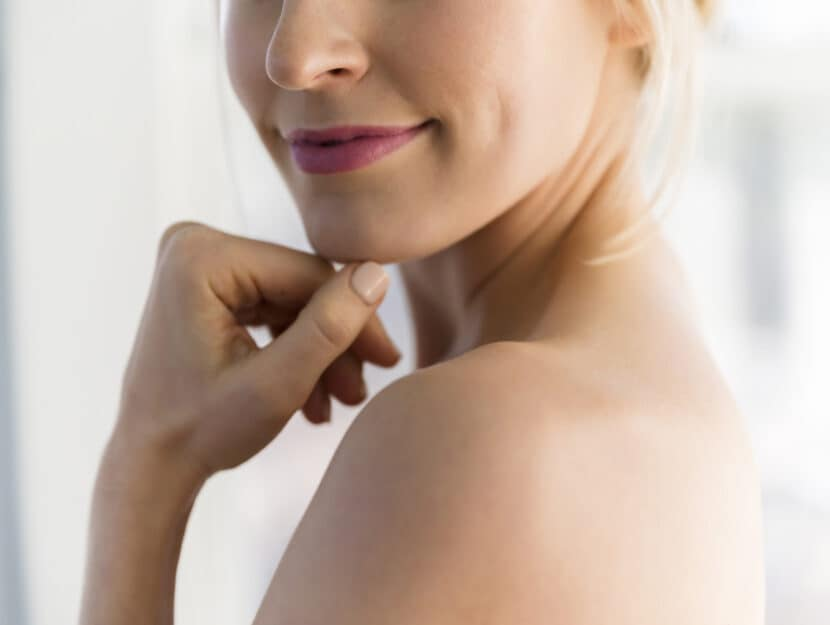 Donna bionda pelle