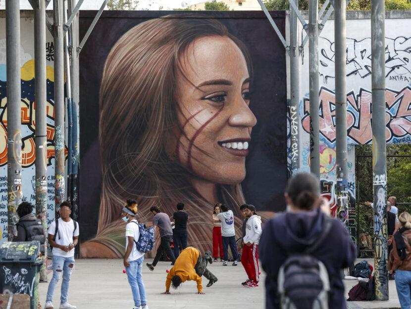 Jorit Agoch murales Luana D'Orazio