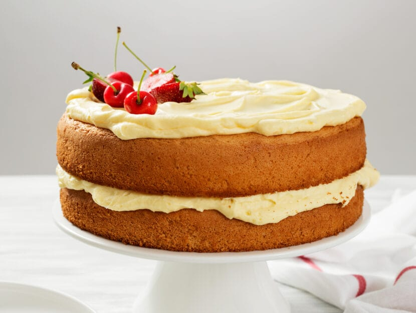 torta alla crema pasticcera