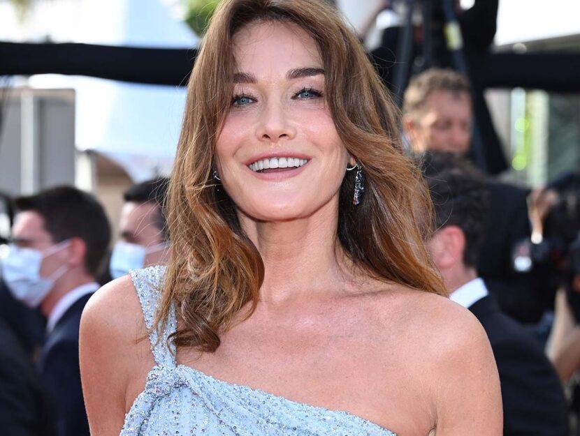 Look di Cannes, Carla Bruni