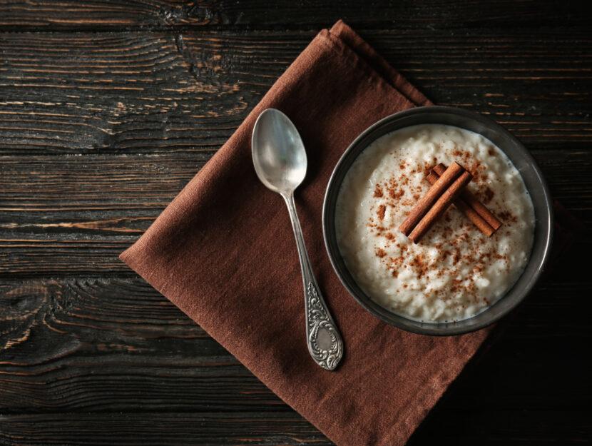 Budino di riso al latte di mandorle: il dessert light e goloso