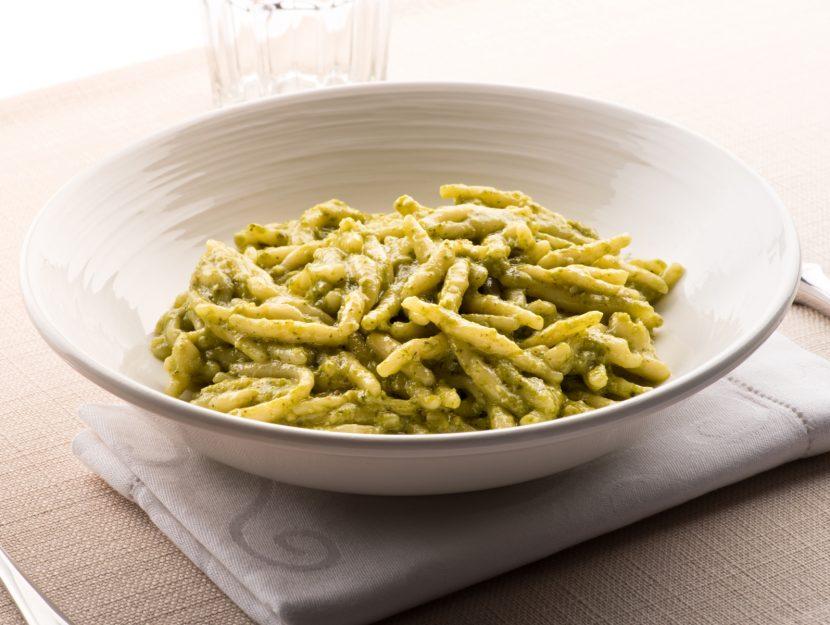 pesto di zucchine e rucola