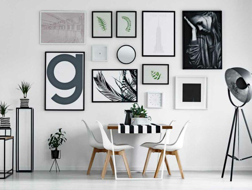 Stanza con gallery Wall