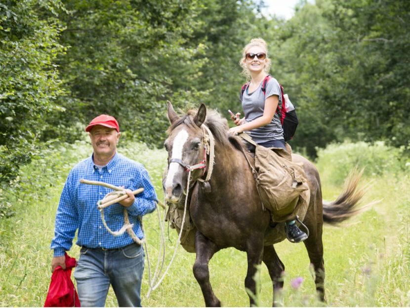 Donna a cavallo