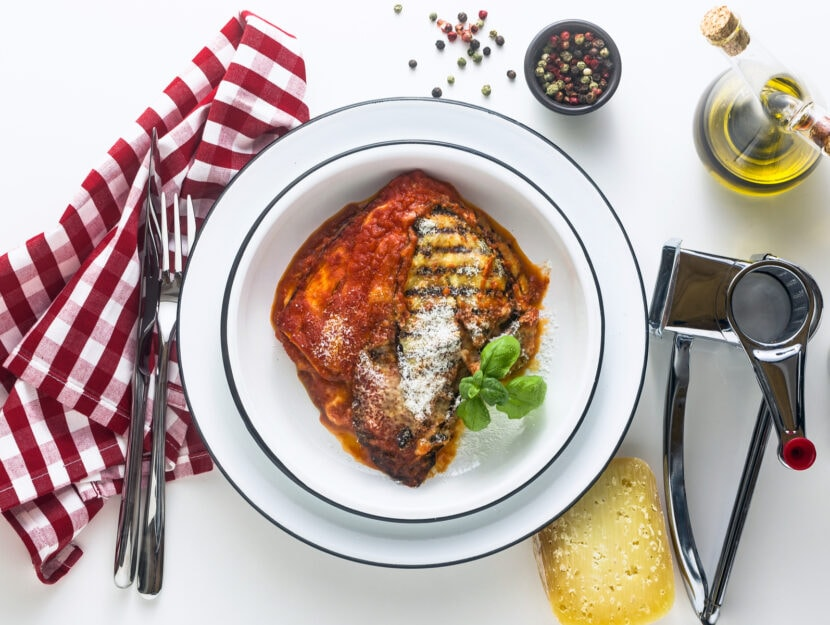 La ricetta delle melanzane alla pizzaiola