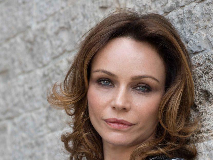 L'attrice Francesca Neri: il suo coming out in tv sulla malattia di cui soffre ha gettato un faro su